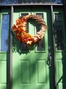 fall #4 front door and pot 016