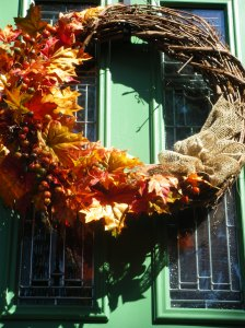 fall #4 front door and pot 019