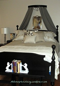 sconces in fr and master bed w silver 0233